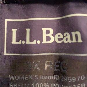 L.L. Bean Jackets & Coats - L.L. Bean 3x Women's Down Jacket in Navy and EUC
